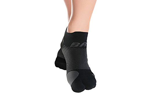 OrthoSleeve BR4 Bunion Relief Socks Split-Toe Design Separates Toes, relieves Bunion Pain and a targeted Bunion pad Reduces Toe Friction and relieves Hallux Valgus Pain (Black, Large)